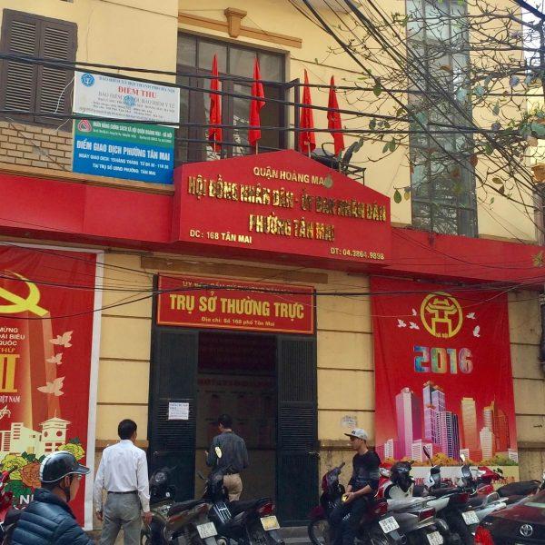 Biển alu chữ nổi inox gương vàng ubnd phường Tân Mai