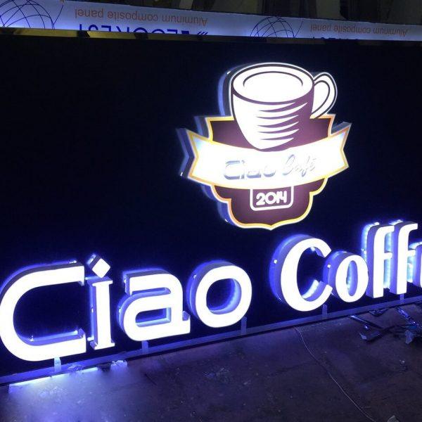 Biển chữ nổi ciao cafe