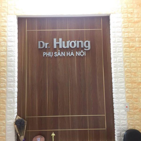 Biển quảng cáo chữ nổi Dr Hương Phụ sản Hà Nội